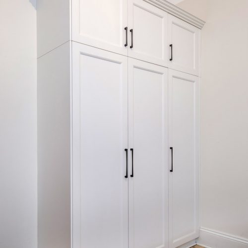 white dress cabinet